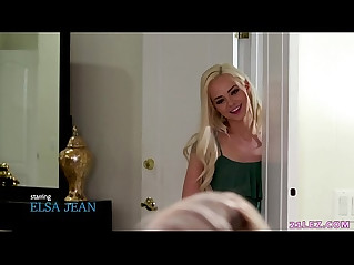 Lesbian girl doesnt let her roommate to learn! Elsa Jean and Lexi Lore
