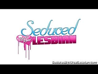 Teen sluty girl get seduced by hot lesbian