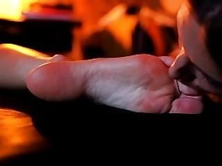 Sleeped Girl Bare Feet Licking Masturbation Orgasms